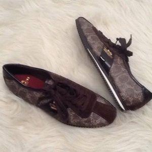 COACH Ivy Logo Leather Sneakers Size 5B